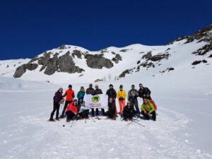 Nieve en familia y amigos